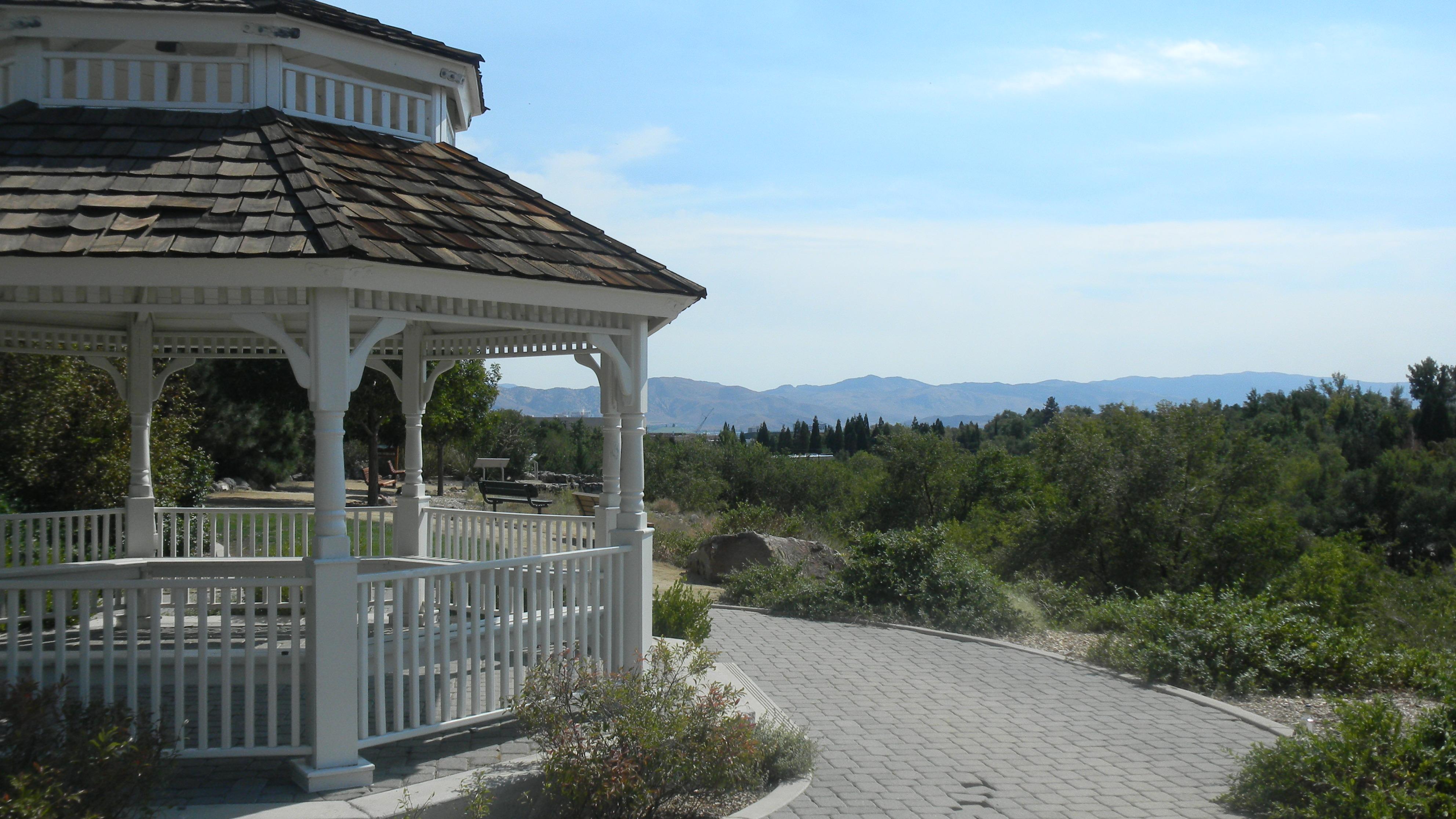 lear garden